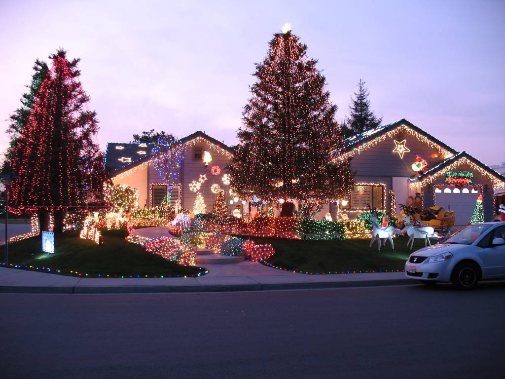 Where To See Christmas Lights Near. Bakersfield Ca 2021 Christmas Lights Holiday Display At 3128 Fortune St Bakersfield Ca 93313 Kern County