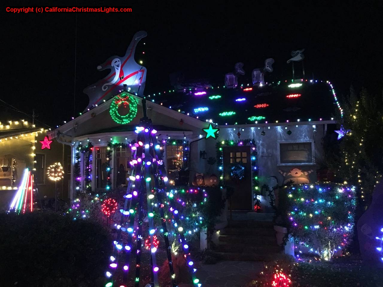 Christmas Lights / Holiday Display at 3256 Thompson Ave, Alameda CA ...