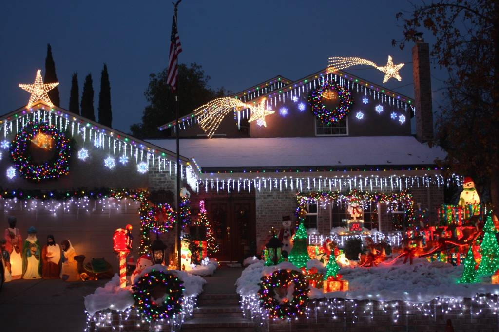 Best Christmas Lights and Holiday Displays in Sacramento, Sacramento ...